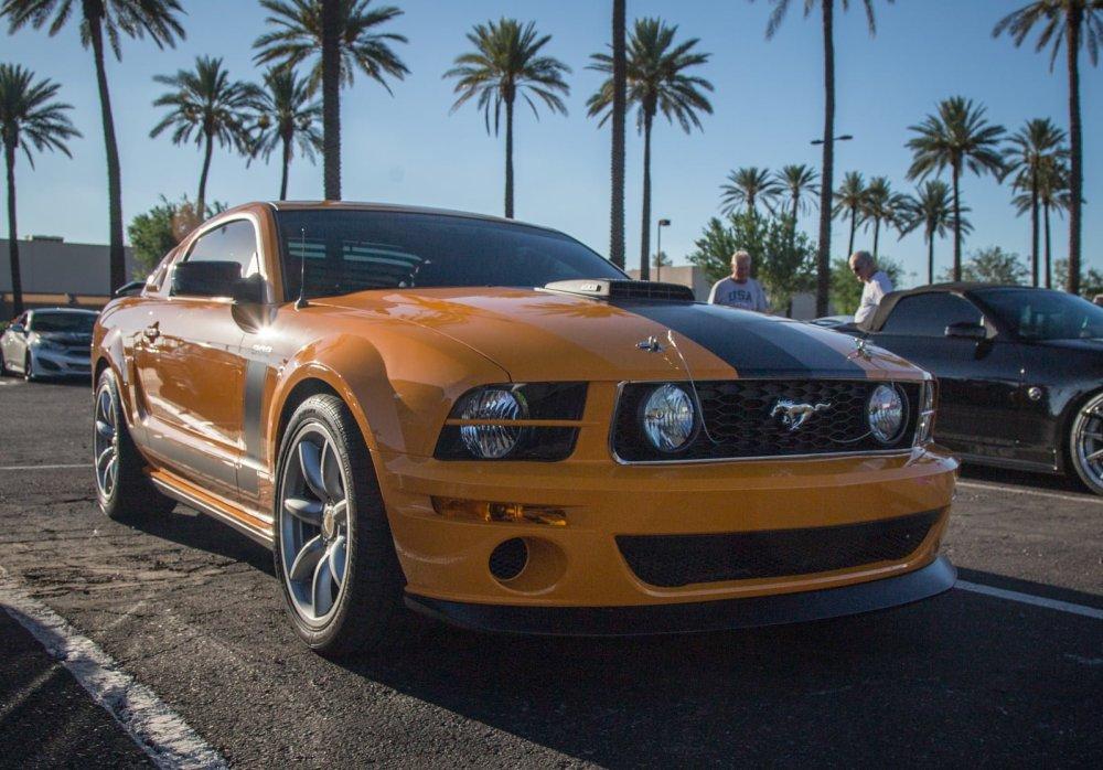 2007 Saleen/Parnelli Jones Mustang