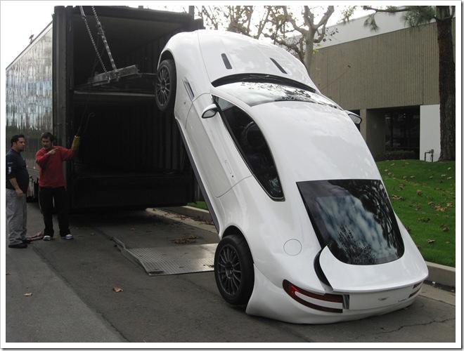 fallen Aston Martin Vantage