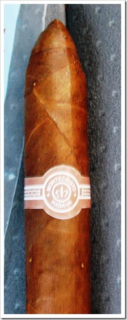 Montecristo Habana cigar