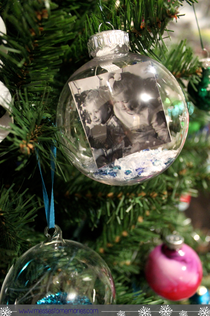 SNOW GLOBE MEMORY ORNAMENTS