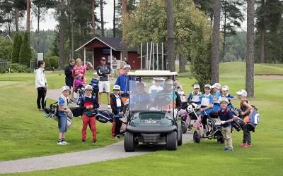 Golfkoulun junnuleiri 6–15 vuotiaille 9.–10.8.2017