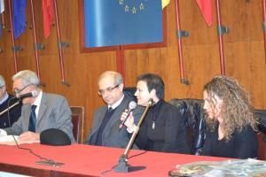 Annarita Sidoti al microfono
