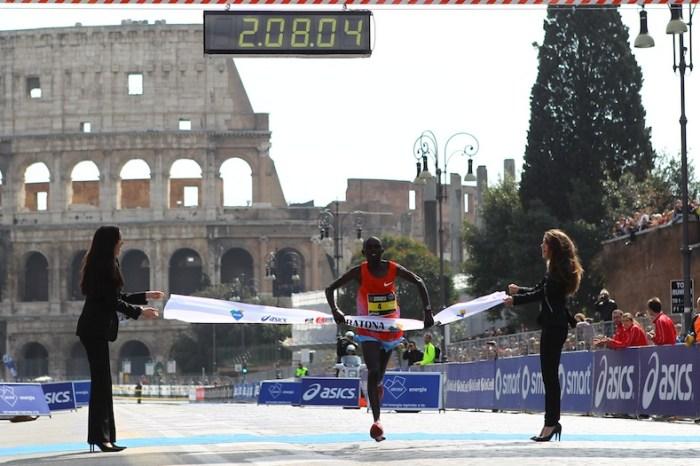 Dominio keniano alla Maratona di Roma