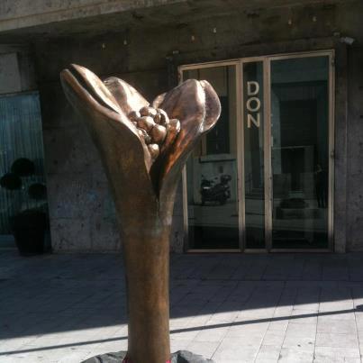 """Inaugurata la statua """"Fiore della Memoria e della Speranza"""""""