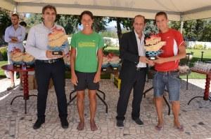 I vincitori premiati da sindaco e vicesindaco di Lipari