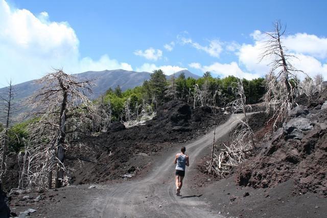 """""""Etna in lungo e in largo"""" per un allenamento di 48 km"""