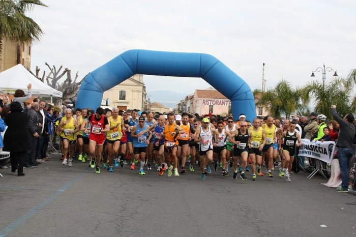 "Lutto alla ""Maratonina Blu Jonio"", podista perde la vita"