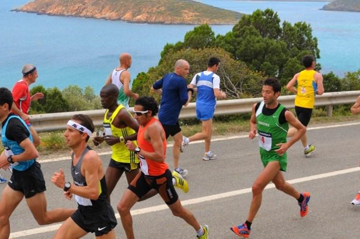 """Valeria Straneo e Danilo Goffi alla """"Chia Laguna Half Marathon"""""""