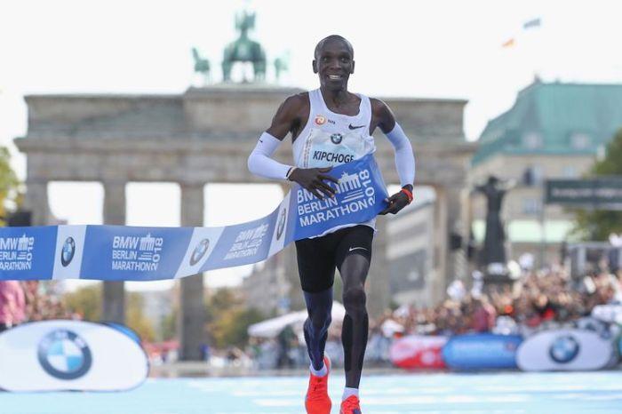 Maratona di Berlino, record mondiale per Kipchoge
