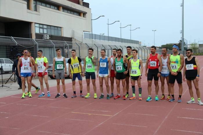 De Caro e Betta campioni siciliani dei 10000 metri su pista