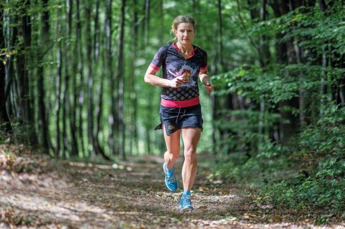 """Bartosz Gorczyca e Ewa Majer al via del """"Sardinia Trail"""""""