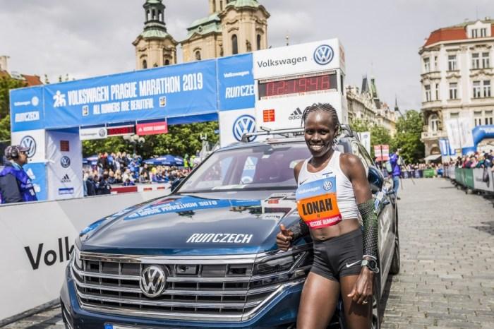 Maratona di Praga: pronostici rispettati, bene le italiane