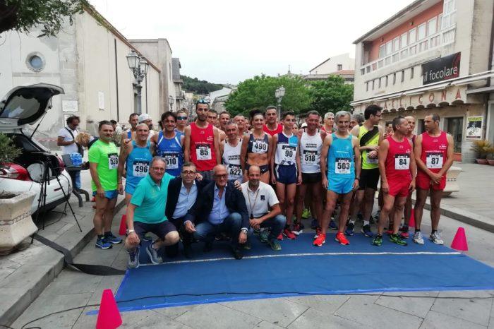 """Falcone e Sukharyna firmano il """"9° Trofeo Corri per le vie di Montalbano"""""""