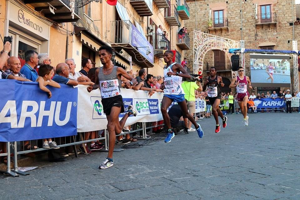 """I big africani al """"94° Giro podistico Internazionale di Castelbuono"""""""