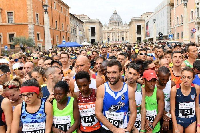 Corsa dei Santi in 7000 per solidarietà, bene i siciliani