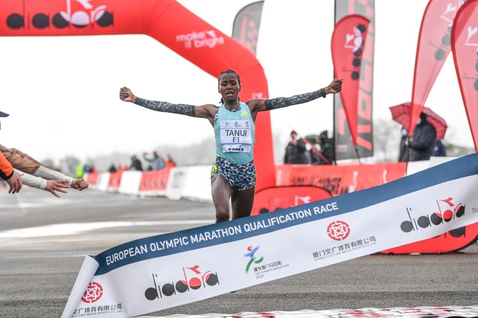 Maratona donne più veloce mai corsa in Italia
