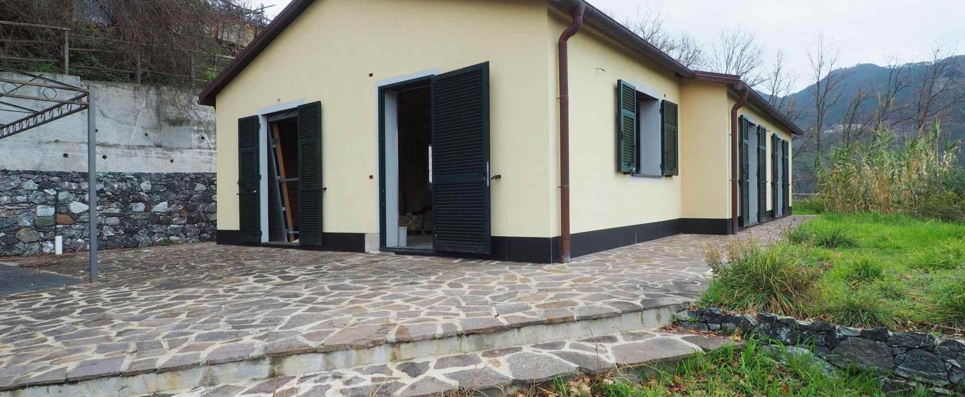 Villa con piscina a Framura - Casa indipendente in vendita - Messinalux