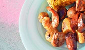 Easy One Sheet Broiled Shrimp Feast: Simple One Sheet Meal to Cure Your Summer Craving
