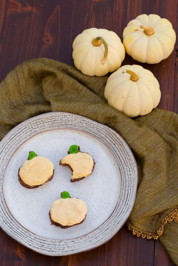 Deliciously plated fall sweet treat image