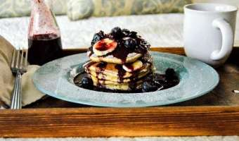 Banana Bread Pancakes Feature
