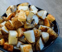Garlic Butter Potatoes Feature Title