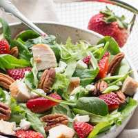 Spinach Strawberry Pecan Salad with Balsamic Vinaigrette