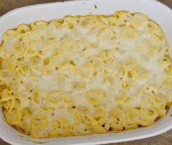 Big dish of rich cheesy Tortellini