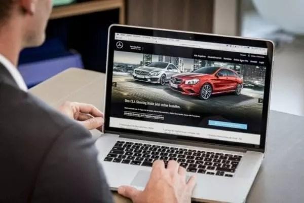 Les acheteurs de voitures en ligne à la recherche d'un engagement sur les sites Web des concessionnaires