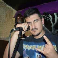 Etorkizun Beltza presentan vocalista