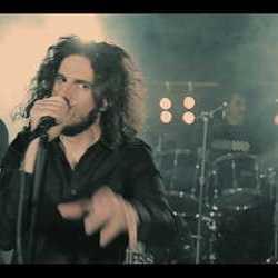 The Faithless videoclip de «Ready, Set, Go!!!»