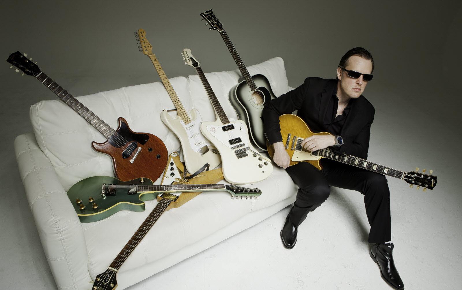 Joe Bonamassa photo promo