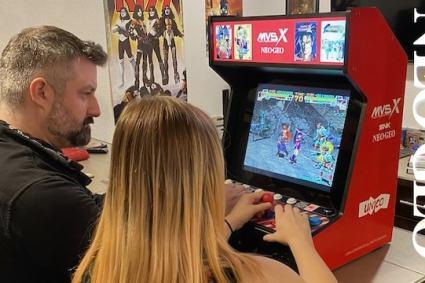 NEOGEO MVSX Arcade Cabinet Review – Is it worth $450?!