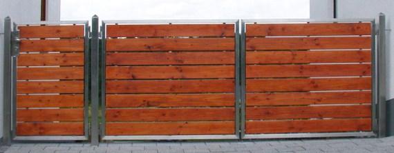 Tore aus Edelstahl und Holz