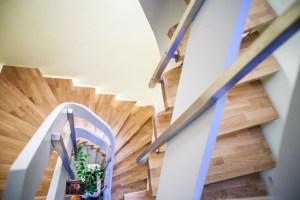 Treppen mit Edelstahlsteher