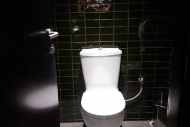 Υδραυλική εγκατάσταση σε WC