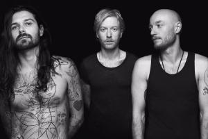 BIFFY CLYRO <br/> De l'opposition à la suspension