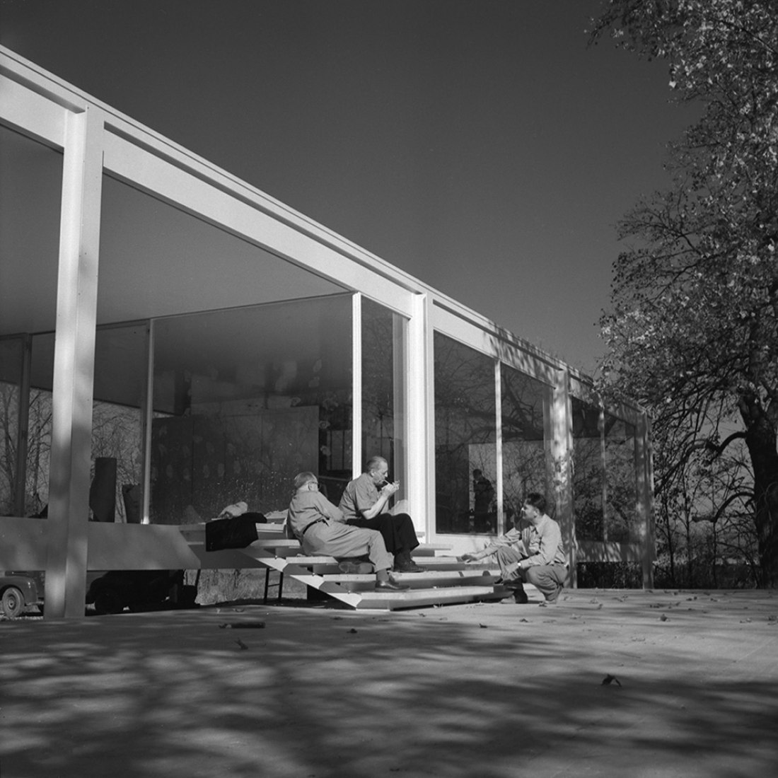 Mies Van Der Rohe And Farnsworth House Will Have Hollywood