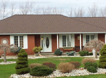 This Ontario homeowner topped off their one-story bungalow with a Steel Granite Ridge Shingle by Metal Roof Outlet