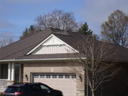 Steel Single roofing from Metal Roof Outlet installed in Tillsonburg