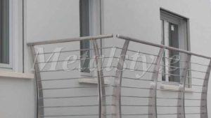 Le più moderne sono senza dubbio quelle in. Ringhiere Balconi Balaustre Parapetti Prezzi Metalstyle