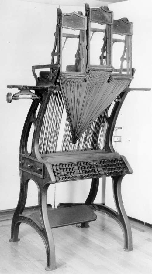 Empire Typesetter 1872