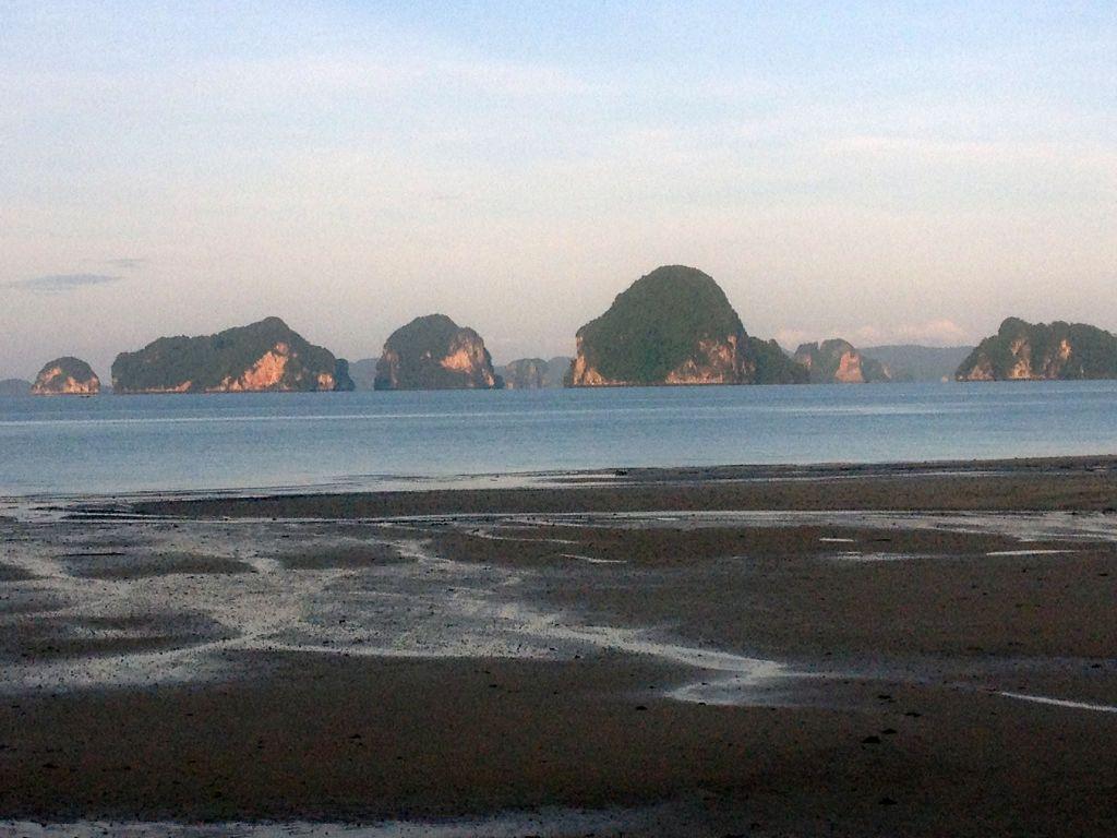 Tubakaek Bay