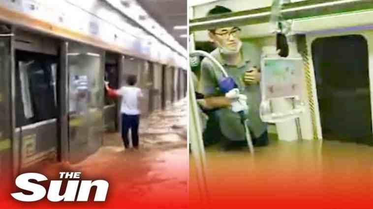 Cina metropolitana allagata da alluvione. Varie vittime. Video terribile