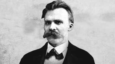 """Photo of Friedrich Nietzsche e i """"biglietti della follia"""""""