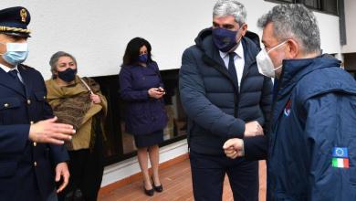 Photo of Covid-19, Nino Spirlì visita il centro vaccinale di Reggio Calabria