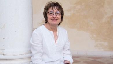 """Photo of I lettori del Caffè Letterario """"Mario La Cava"""" incontrano Donatella Di Pietrantonio"""