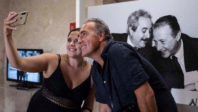 Photo of Grande successo per l'inaugurazione della mostra del fotografo Tony Gentile a Reggio Calabria