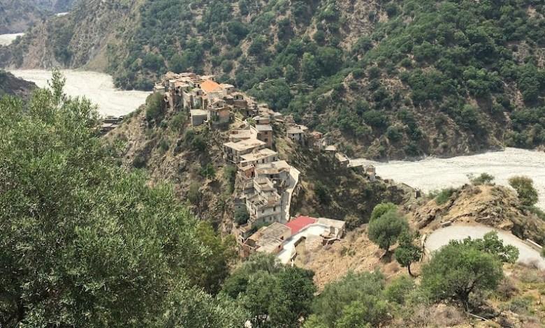 Photo of La ghost town: miti e leggende di Roghudi Vecchio