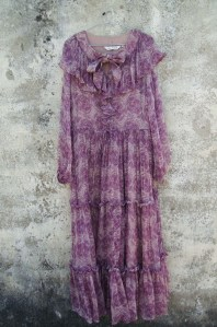 Robe Helen-Viscose purple flower