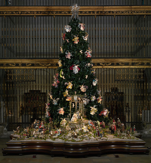 Christmas Tree And Neapolitan Baroque Crche The